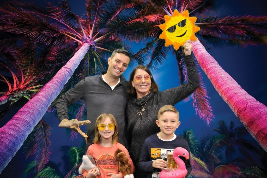 Cernys' Journeys: Miamiland - Chicago Travel & Adventure Show 2020