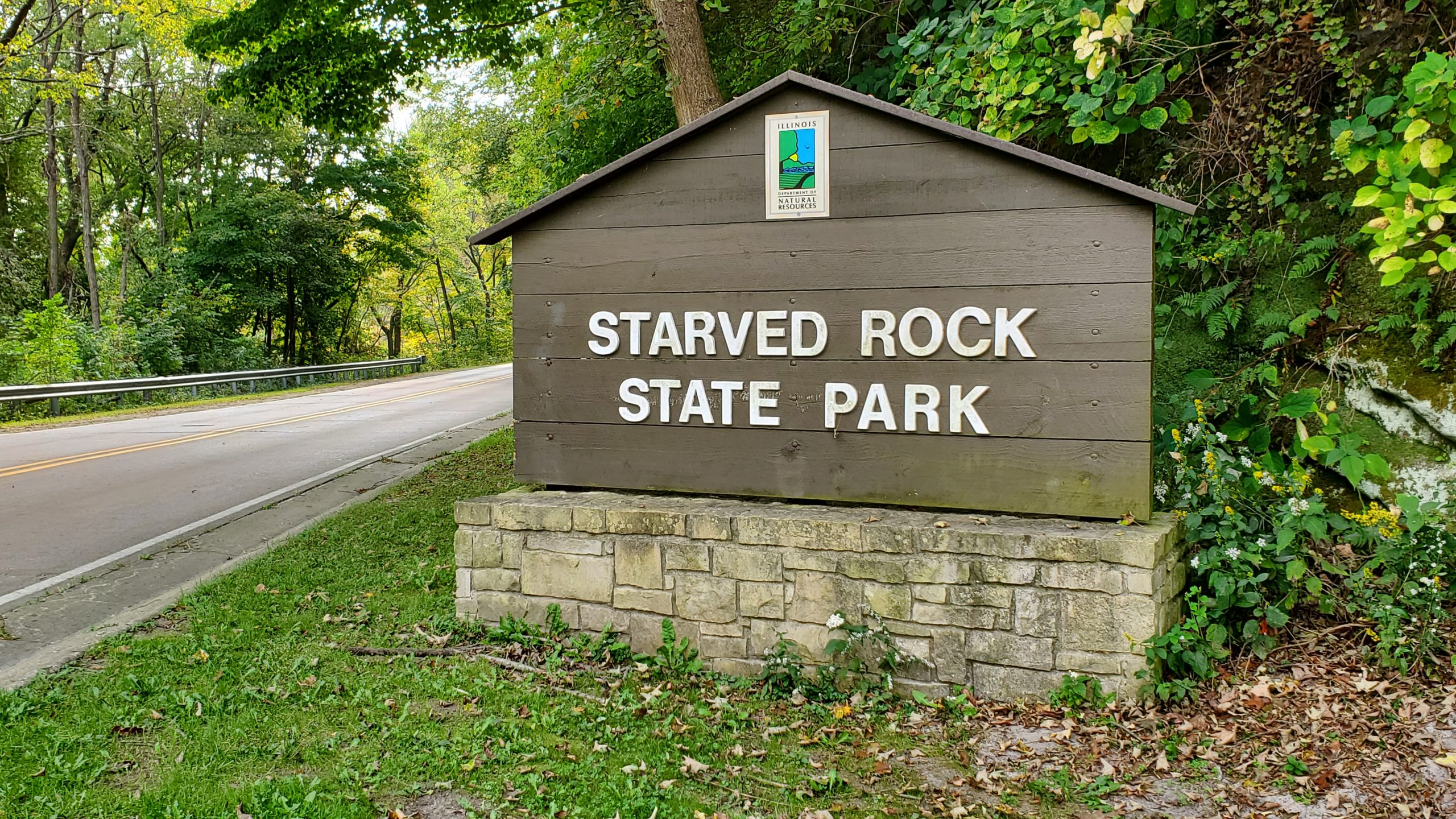Starved Rock State Park Welcome Sign