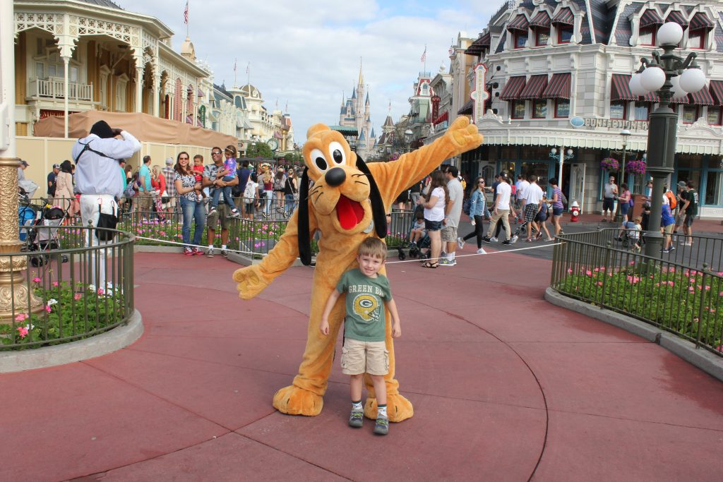 Cernys Journeys - Jamen with Pluto Disney World